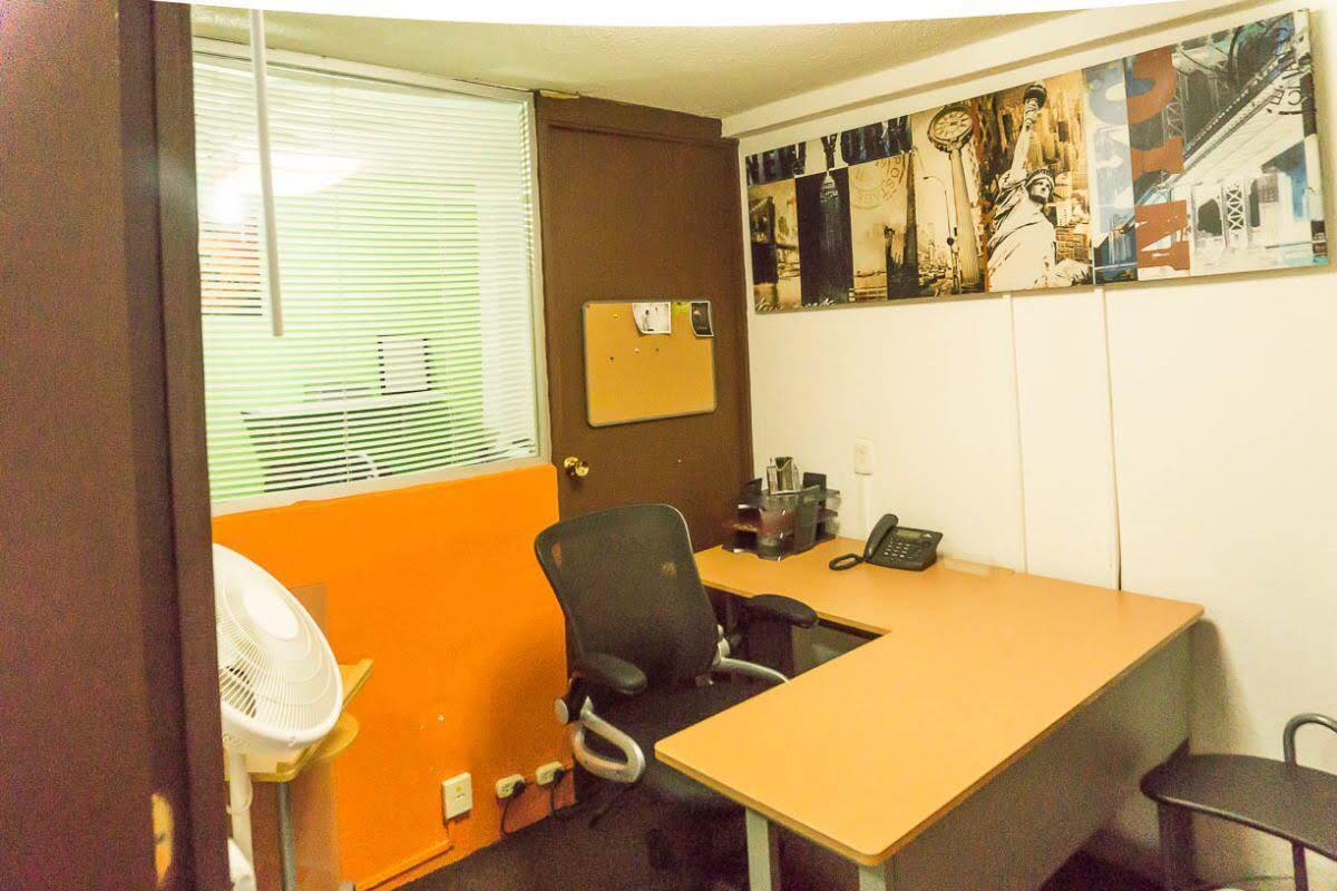 Oficina  en  renta  amueblada  dentro del Fraccionamiento Floresta Coyoacán